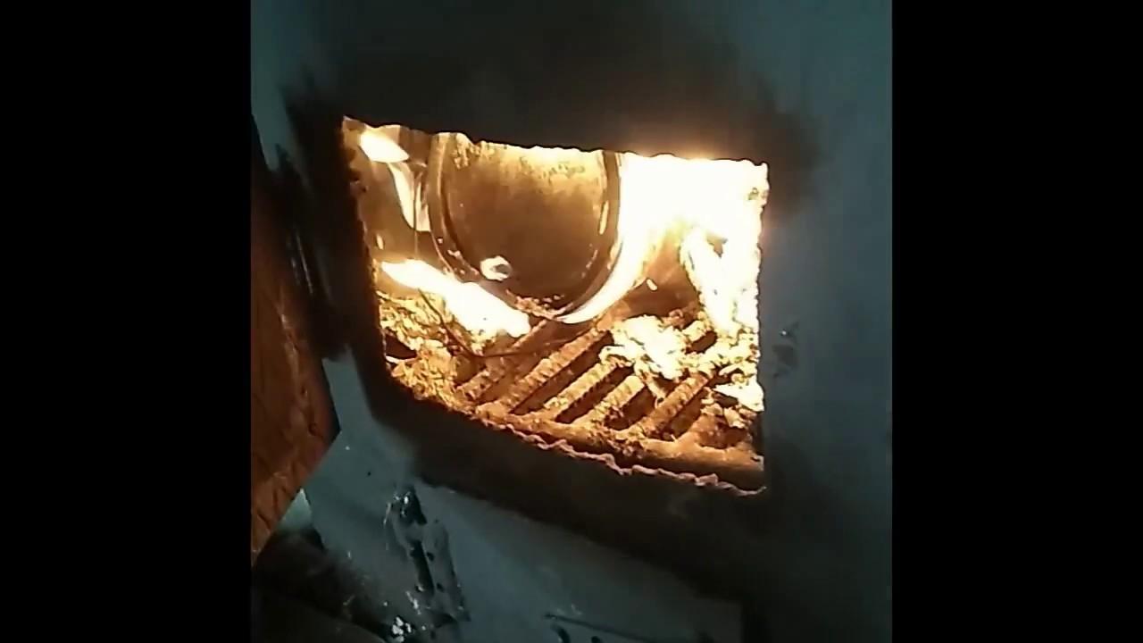 Как делают древесный уголь для шашлыка?