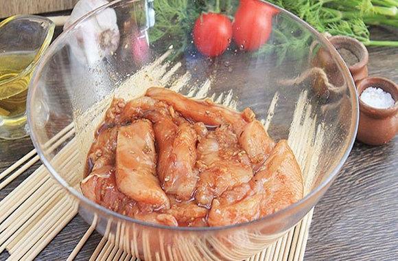 Шашлык из курицы в кефире