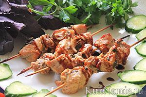 Шашлык из свинины в духовке на шпажках: 10 рецептов, как приготовить сочное и мягкое мясо