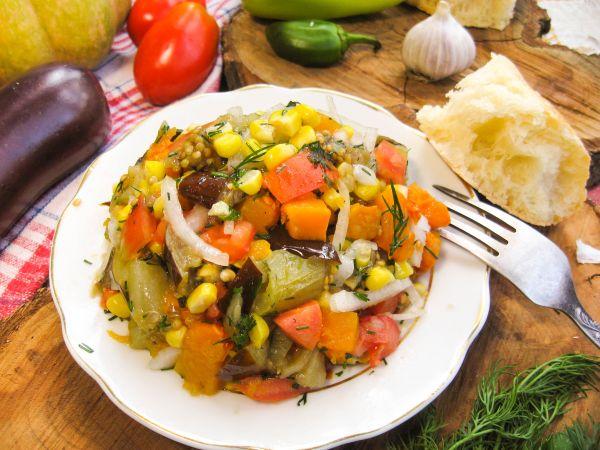 Салат из овощей печеных. рецепты