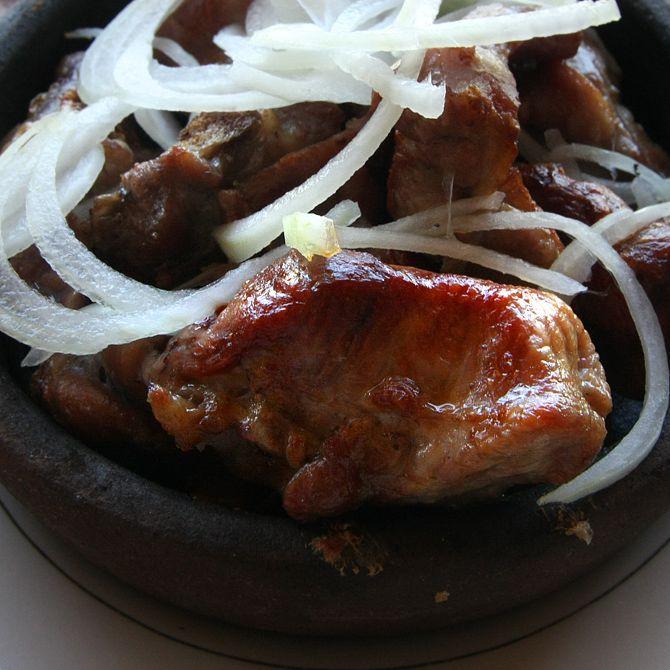 Как правильно жарить баранину на сковороде. баранина жареная с луком на сковороде рецепт