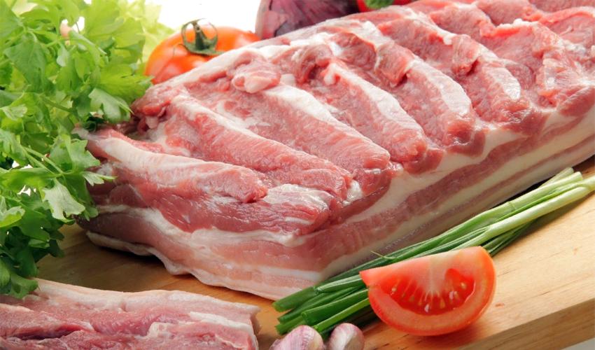Как вкусно замариновать шашлык из свинины: 5 самый вкусных рецептов чтобы мясо было сочным