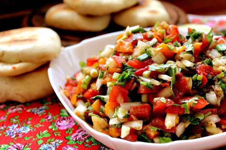 Армянский салат из печеных овощей