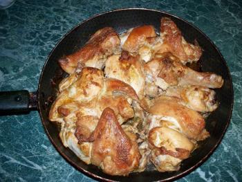 Курица на сковороде. пошаговый рецепт с фото