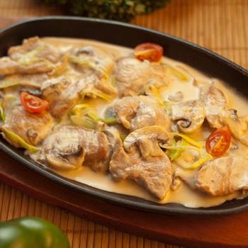 Гуляш из свинины с грибами с подливкой - 11 пошаговых фото в рецепте