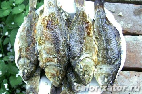 Караси на решетке: рецепт приготовления рыбы на природе