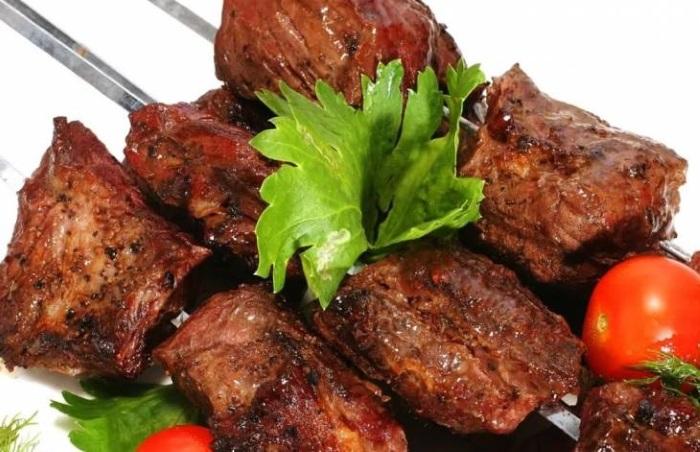 Как правильно замариновать шашлык из говядины/ рецепты | фоторецепт