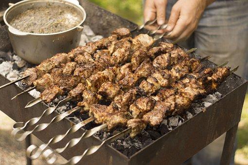 Какая часть свинины лучше для шашлыка: выбираем подходящее мясо