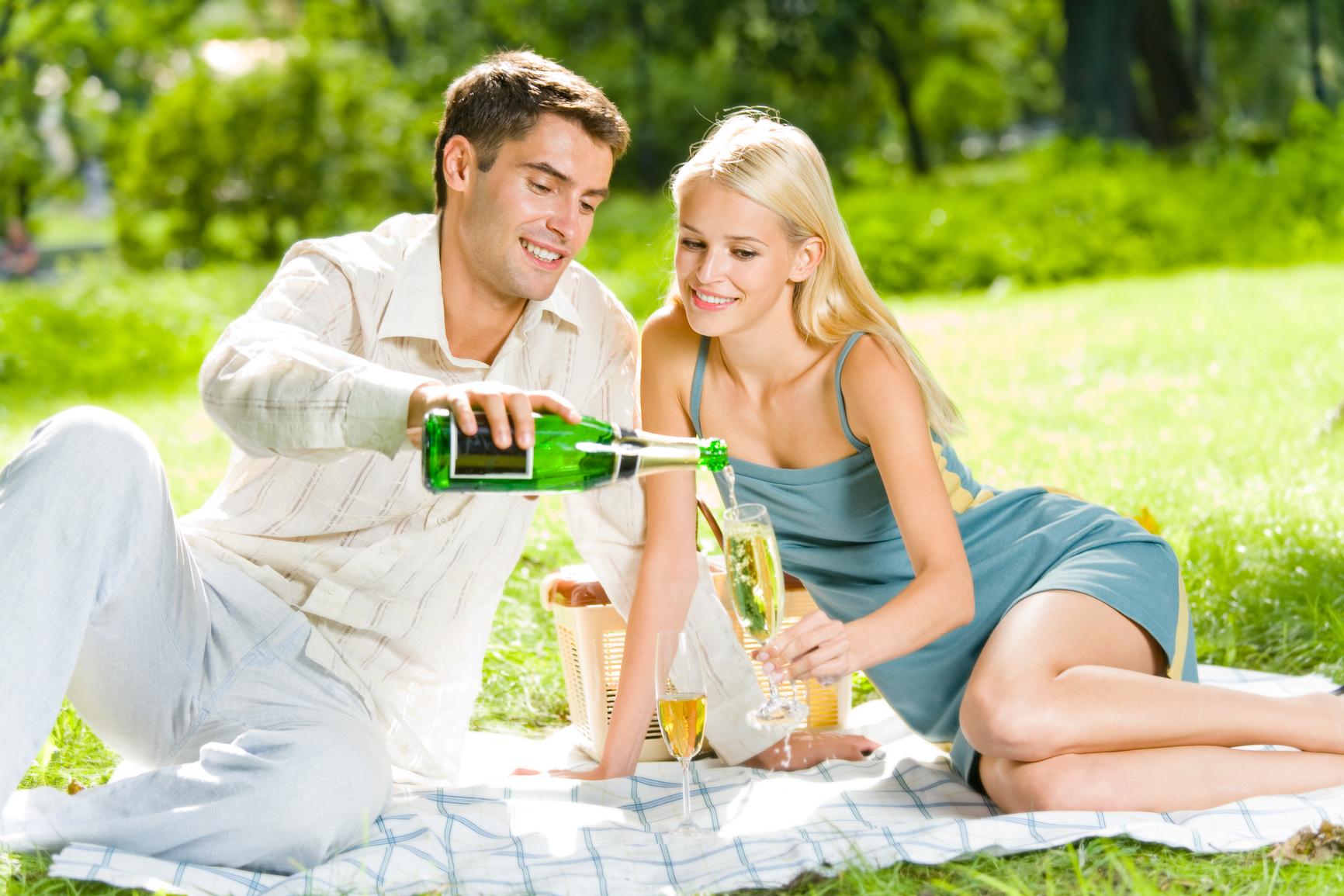 Романтический пикник на природе. что взять на романтический пикник
