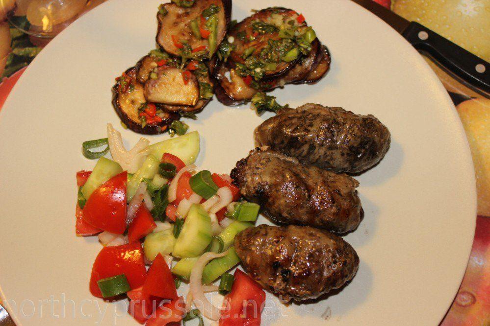 Котлеты на сковороде-гриль: рецепт приготовления с фото, ингредиенты, приправы, калорийность, советы и рекомендации