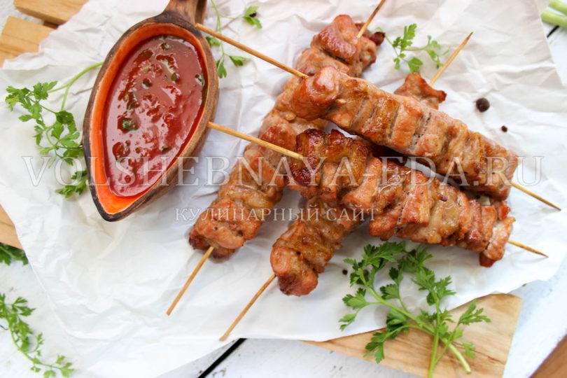 Шашлык в духовке из свинины - 6 простых домашних рецептов