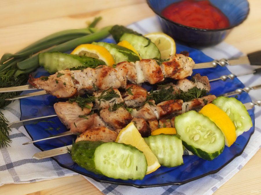 Шашлык из говядины на сковороде - 10 пошаговых фото в рецепте