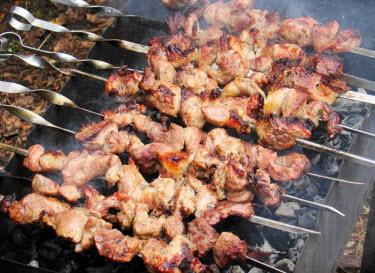 Как приготовить самый вкусный и сочный шашлык из говядины - кулинар-мастер