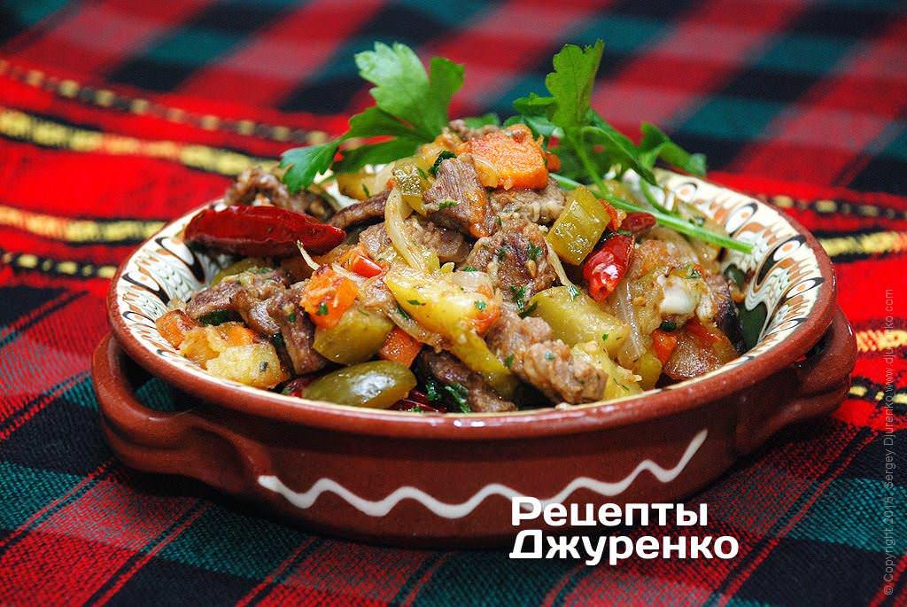 Азу по татарски с солеными огурцами