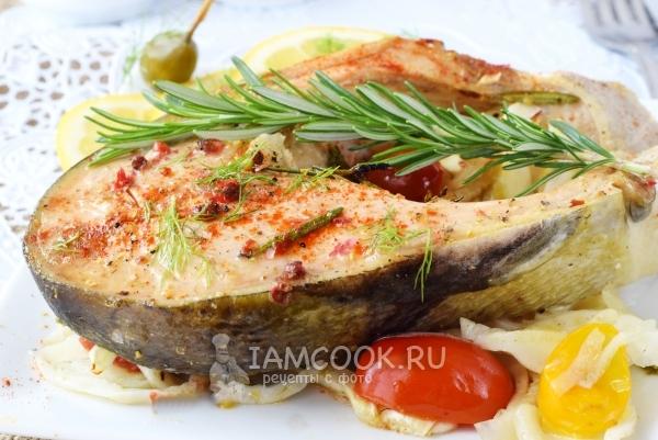 Сочный лосось в духовке