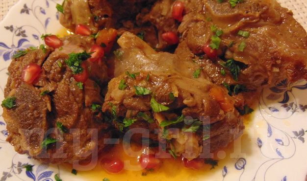 Баранина жареная с луком на сковороде рецепт
