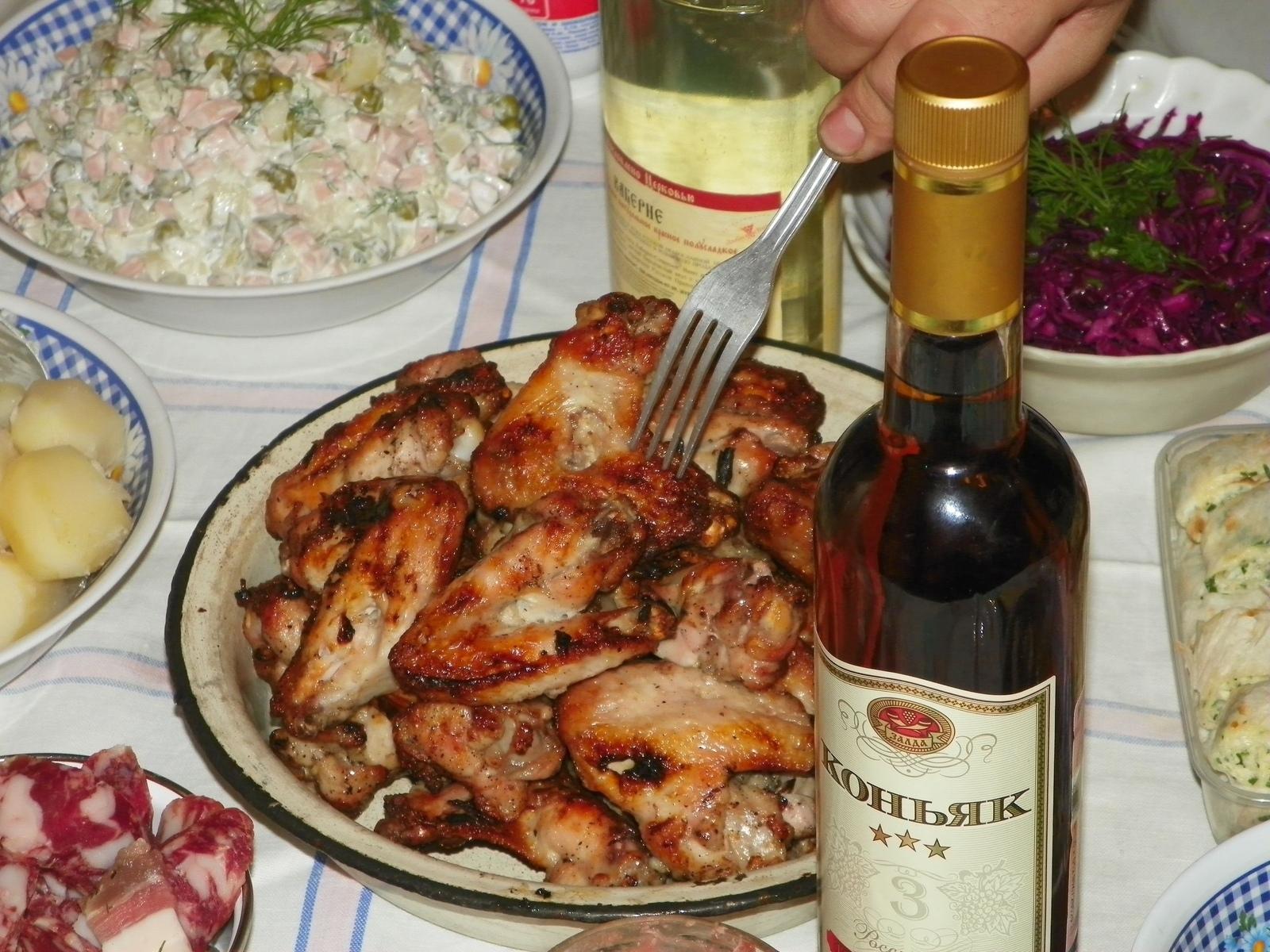 Шашлык в вине: два рецепта, как замариновать в красном или белом + видео