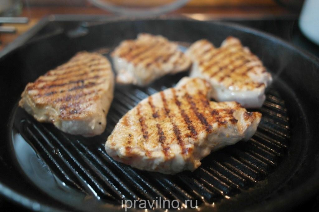 Как приготовить филе индейки на сковороде, чтобы она была мягкой и сочной?