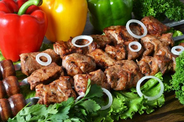 Шашлык на кефире из свинины — рецепт с фото пошагово