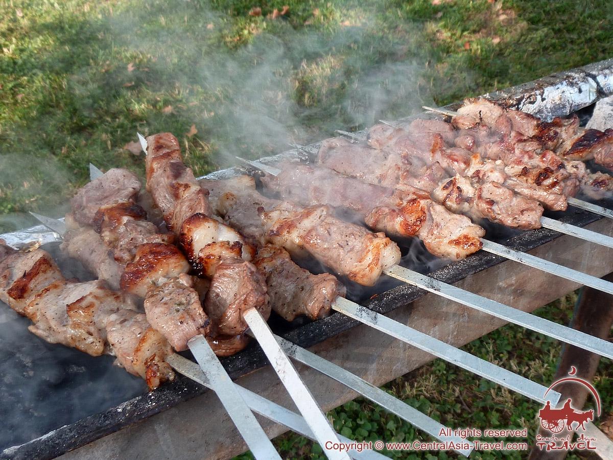 Узбекский шашлык: правила и способы приготовления