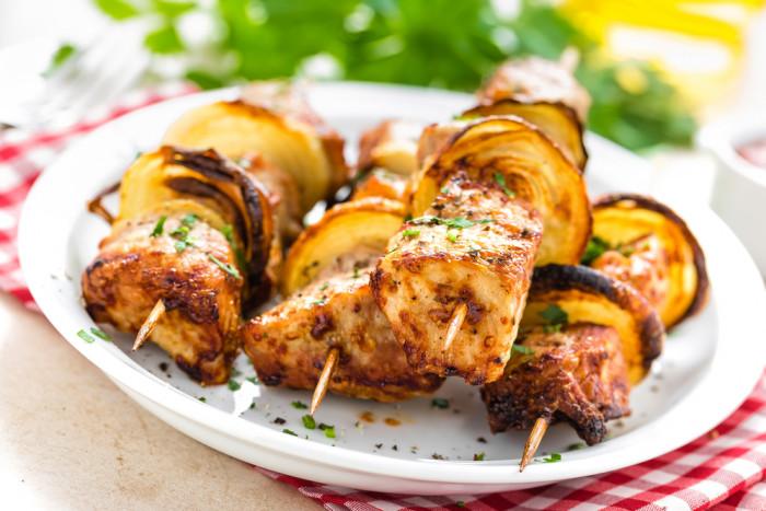 10 лучших маринадов для шашлыка из свинины