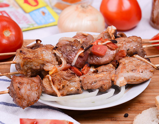 Самые вкусные рецепты маринадов для шашлыка из свинины — мягкое и сочное мясо