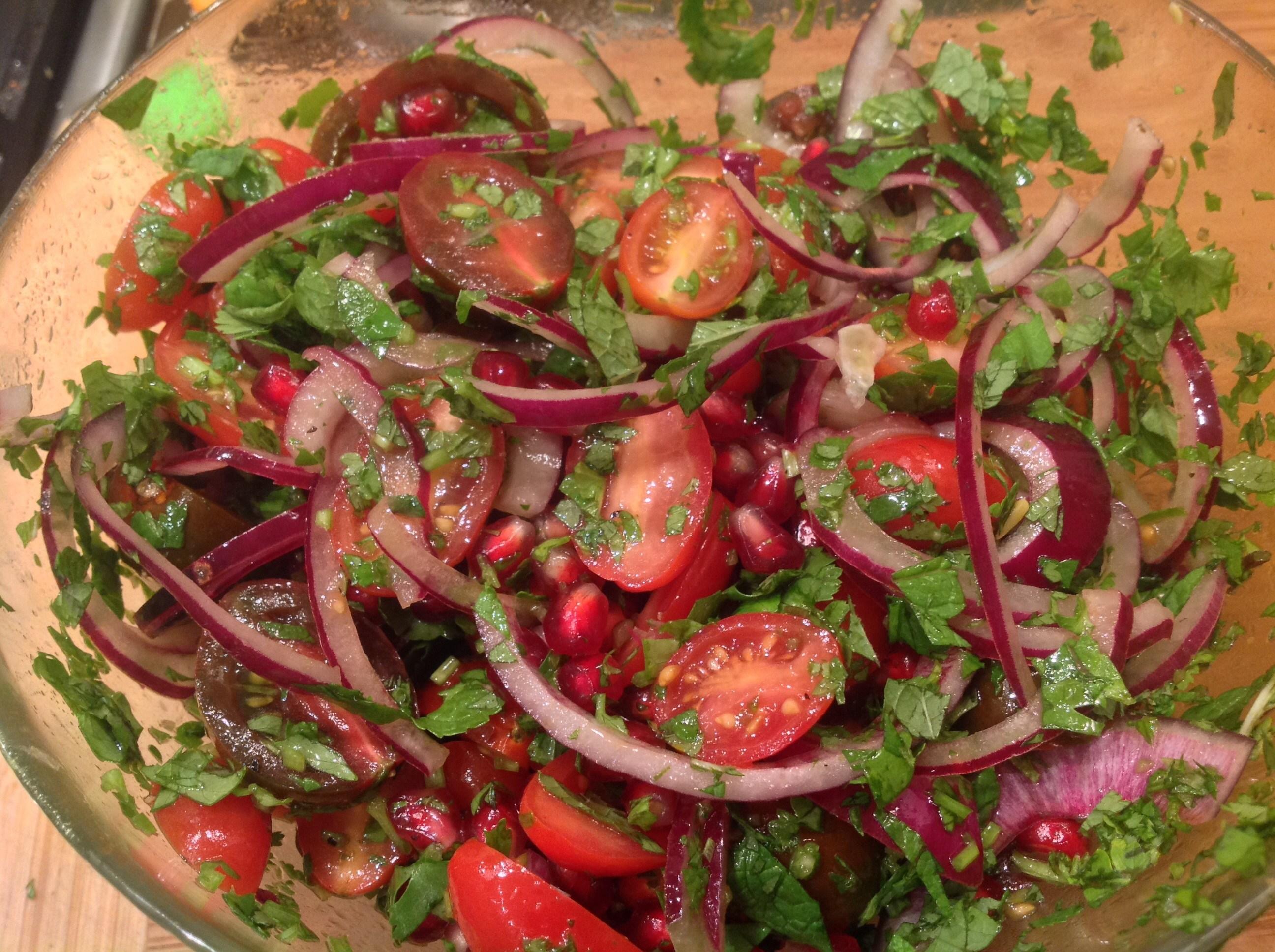 Как легко приготовить салаты с кинзой