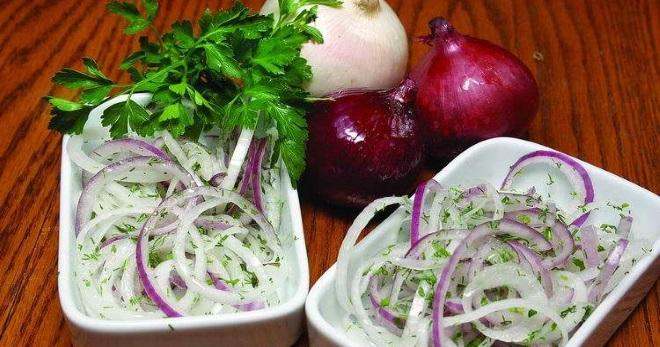 Маринованный лук: пошаговые рецепты || что приготовить из маринованного лука