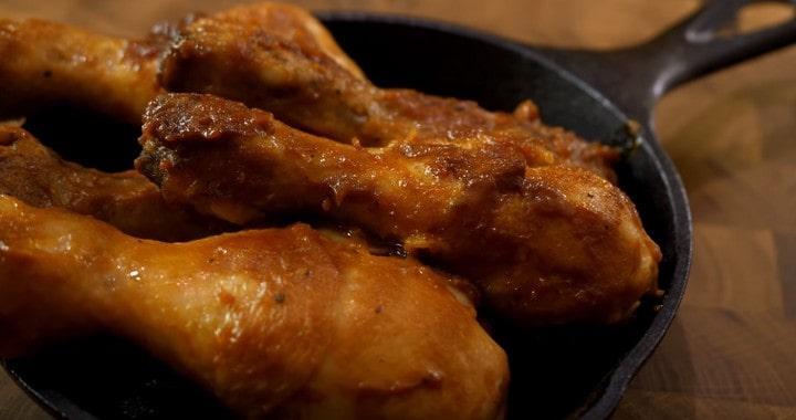Как вкусно обжарить курицу на сковородке