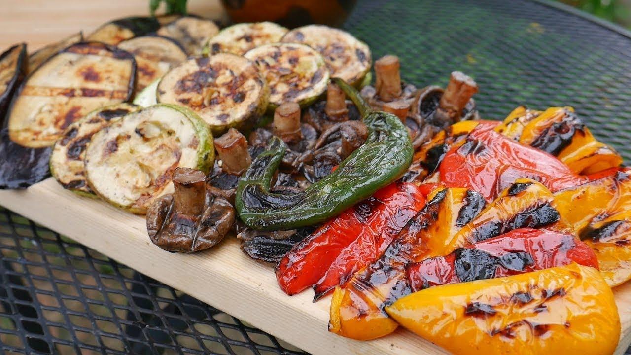 10 блюд, кроме шашлыка, которые можно приготовить на мангале