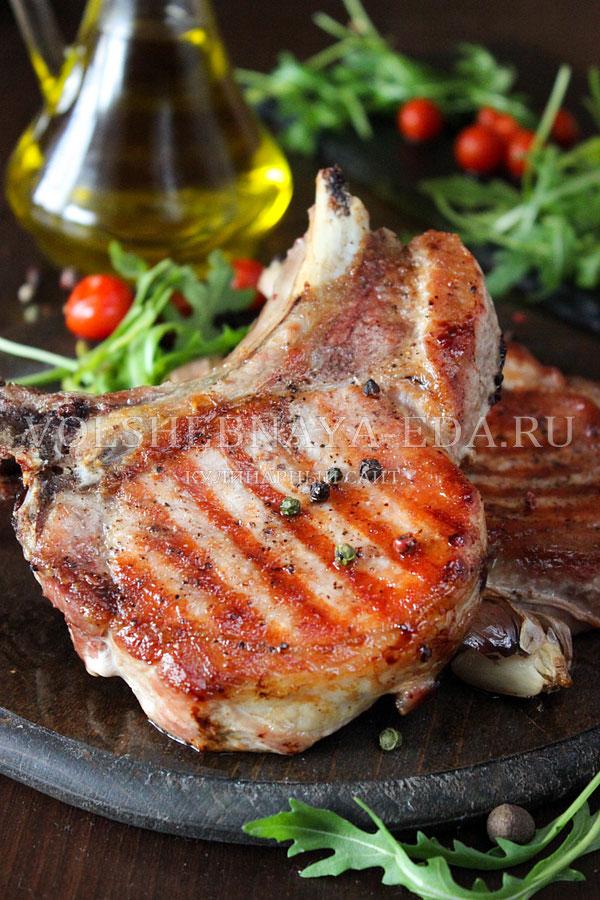 Стейк из свинины в духовке – шикарный кусочек! рецепты свиных стейков в духовке с горчицей, соевым соусом, луком, картошкой и медом