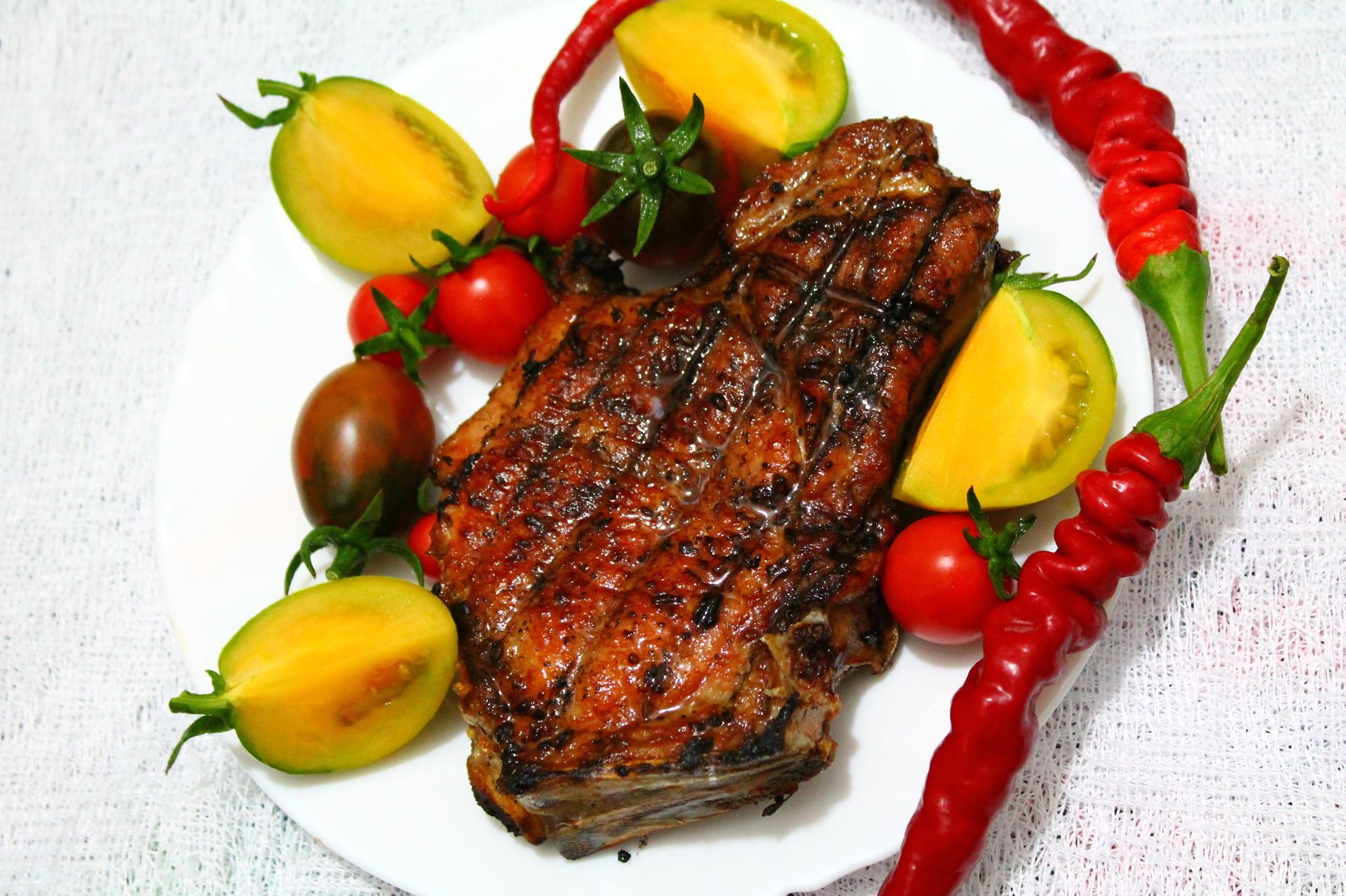 Как готовить шашлык из свинины на косточке  — полезные советы и рецепты