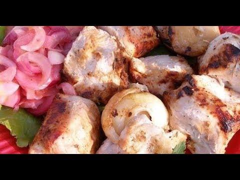 Шашлык из индейки в кефирном маринаде