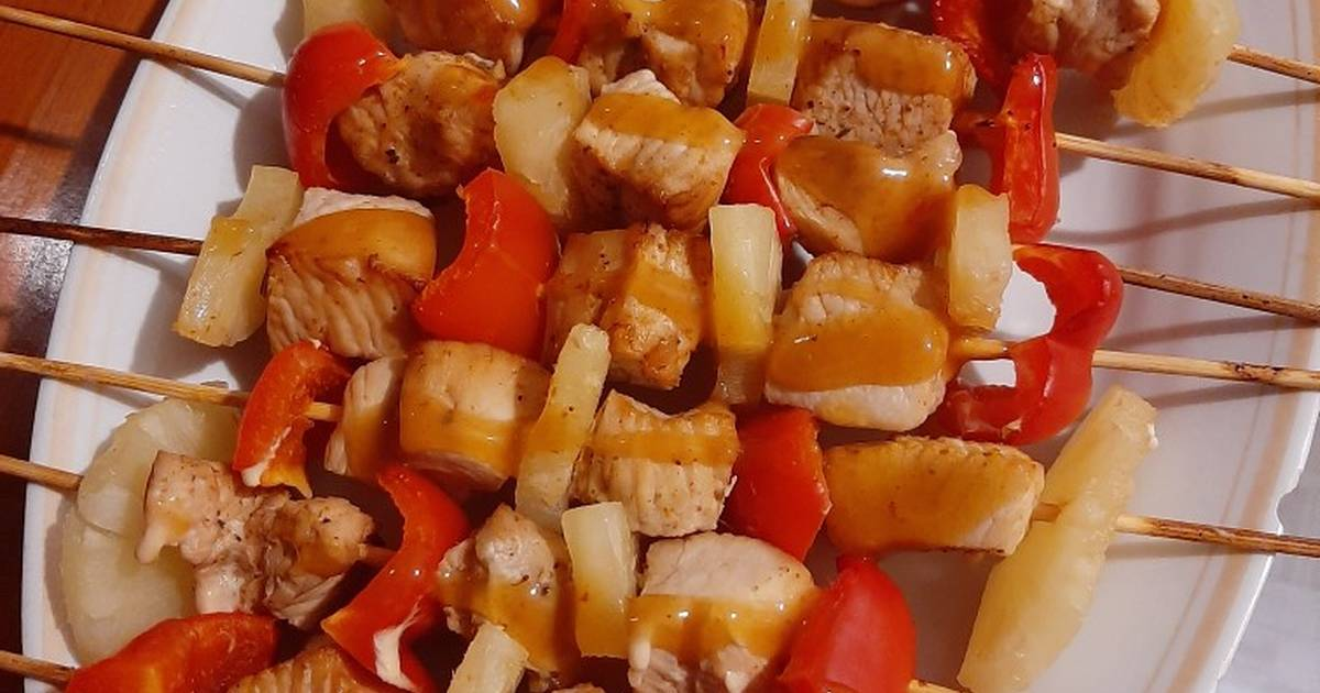 Индейка с ананасами в духовке