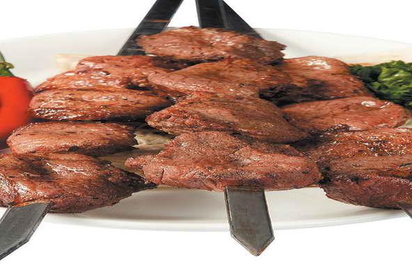 Как правильно замариновать шашлык из баранины/ рецепт с фото