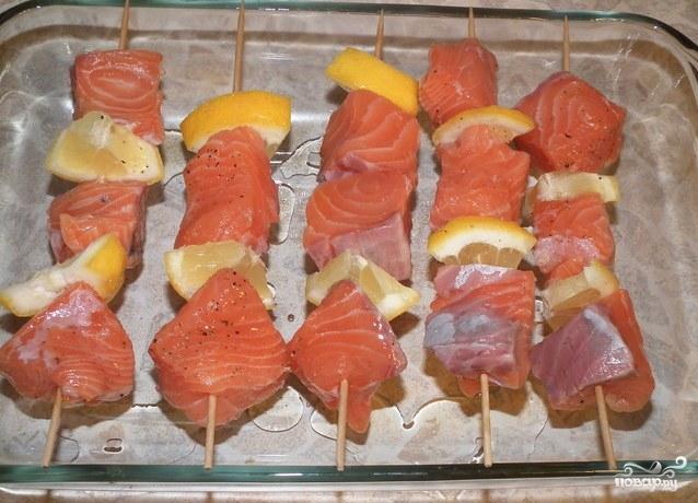 Рыбный шашлык на шпажках в духовке - рецепт с фото. маринад для рыбы. шашлычки на шпажках из рыбы  для детского дня рождения