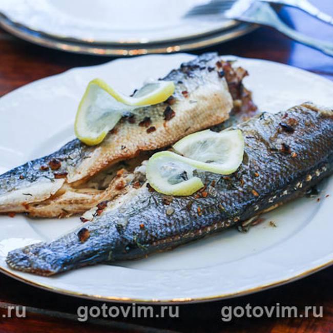 Шашлык из рыбы и курицы: 2 рецепта для гриля и барбекю