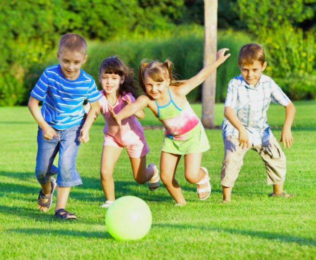 Интересные игры и конкурсы на природе для взрослых