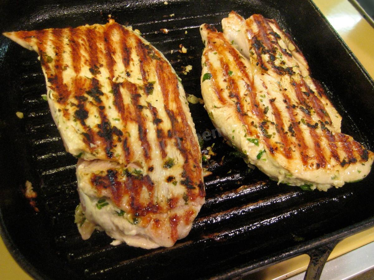 Как приготовить стейк из индейки на сковороде: 3 рецепта (+отзывы)