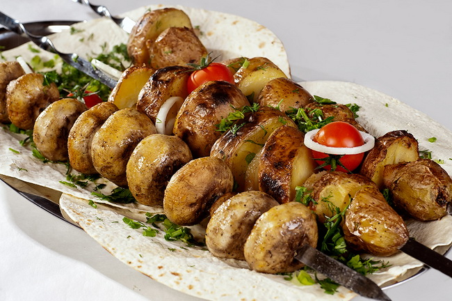 Шашлык из свинины и грибов