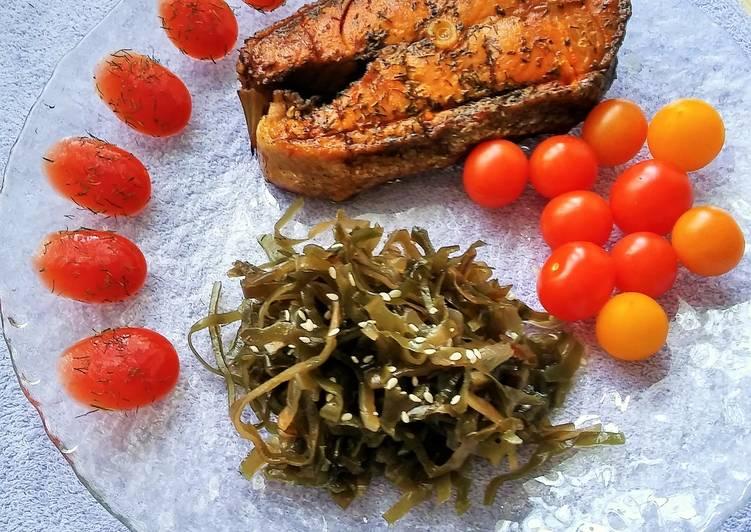 Красная рыба на мангале