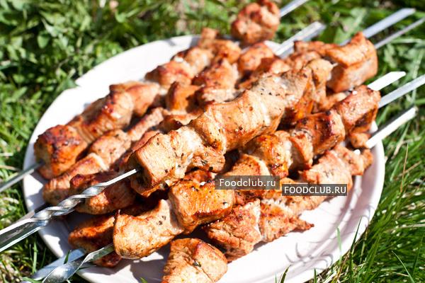 Шашлык из индейки рецепт с фото, как приготовить шашлык из филе индейки на webspoon.ru