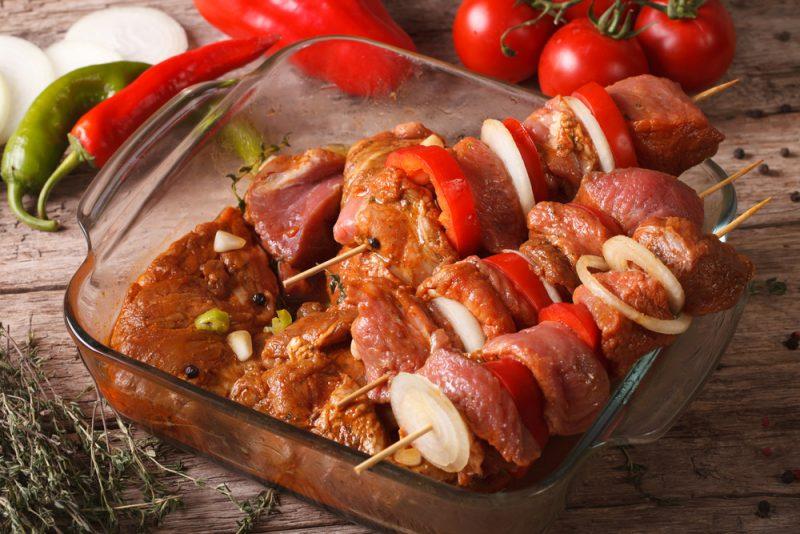 Проверяем мифы — шашлык из замороженного мяса