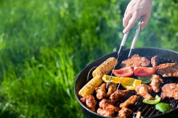 Беседка для дачи с барбекю и мангалом — варианты устройства, чертежи, инструкции